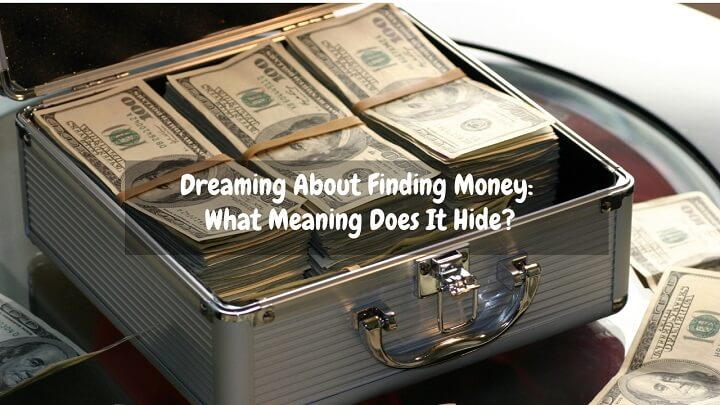 dreaming about finding money